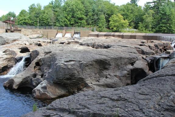 falls mills black personals Black otter supply llc  big falls mill 130 n main st big falls, wi 54926  ido feed & supply corporation 638 vita plus drive fall river, wi 53932.